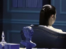 Adriana Lima em making of de campanha do game MegaCity