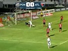 Pelo alto, Ponte Preta vence Atltico-GO de virada
