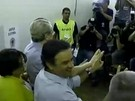Mrcio Lacerda vota acompanhado por Acio Neves em BH
