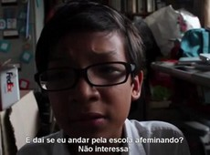 Garoto de 12 anos desabafa sobre homofobia