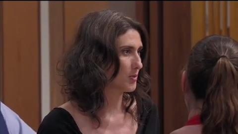 Lucas toma bronca de Paola após não avisar recusa de estágio