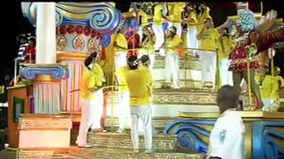 Luxo marca o primeiro dia do carnaval do Rio de Janeiro