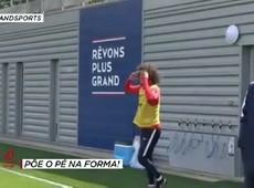 David Luiz perde desafio para Cavani e terceiro goleiro do PSG