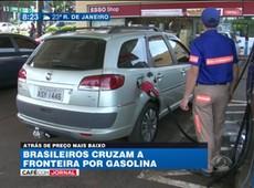 Brasileiros vão ao Paraguai para comprar combustível