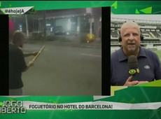 Torcedores do Santos fazem foguetório no hotel do Barcelona