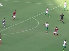 Diego Alves defende pênalti, Fla vence e vai enfrentar Fluminense na semi - GILSON BORBA/FUTURA PRESS/ESTADÃO CONTEÚDO