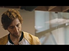 Sunspring - A Sci-Fi Short Film Starring Thomas Middleditch