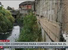 Casas têm comportas para conter enchentes em Itaquera