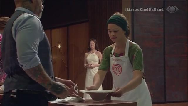 Prato muito delicado e cuidadoso, diz Paola ao avaliar Fernanda