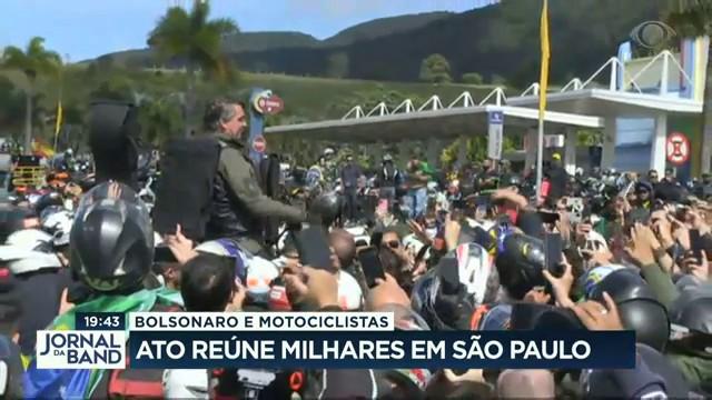 Ato a favor de Bolsonaro reúne motociclistas em São Paulo