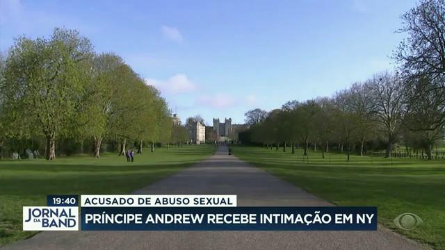 Príncipe Andrew recebe intimação em Nova York